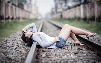 Под Астраханью тройка грабителей разобрала железную дорогу