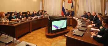 Астраханское отделение ОНФ представило губернатору новые проекты