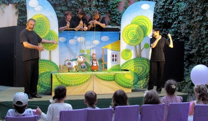 Астраханский театр кукол покажет спектакли на разных площадках