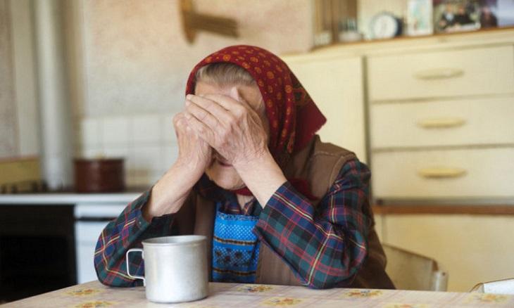 Пьющий астраханец ограбил свою пожилую мать