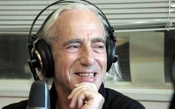 Известный радиоведущий Сева Новгородцев придумал свой псевдоним в Астрахани