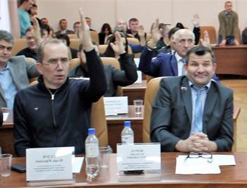 Астраханские политики прокомментировали скандал в гордуме