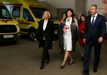 Сергей Морозов обсудил проблемные вопросы с коллективом астраханского Центра медицины катастроф и скорой медицинской помощи