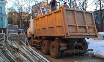 Прокуратура потребовала от ЖЭК №7 прекращения незаконных поборов за вывоз мусора