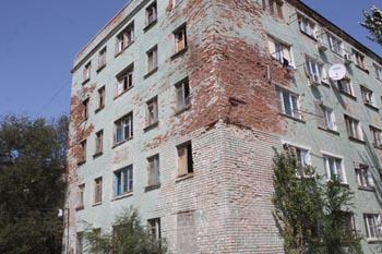 Аварийные дома в Астрахани останутся без отопления