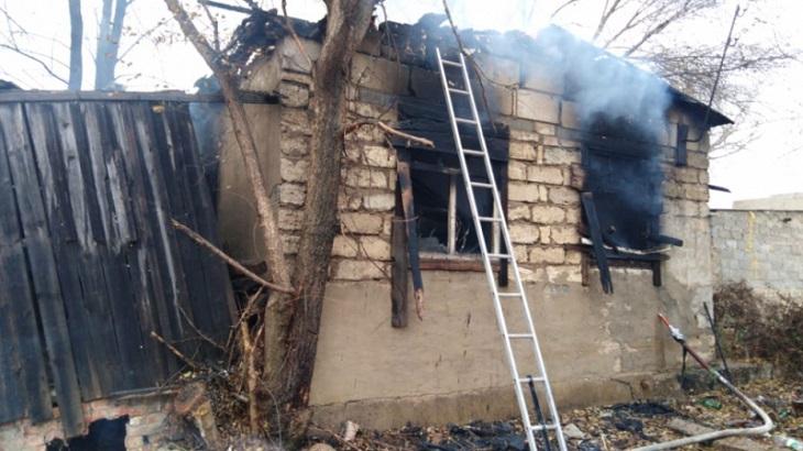 В Астраханской области выходные не обошлись без пожаров