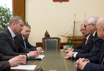 Глава Астраханской области Сергей Морозов встретился с президентом Российского союза промышленников и предпринимателей Александром Шохиным