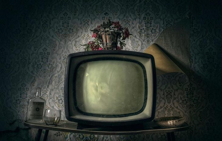 Трое сельчан украли телевизор, продав его на вокзале в Астрахани