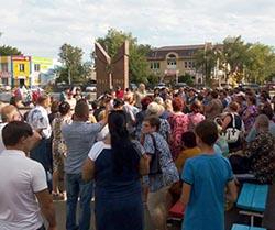 Мусорный конфликт: депутат ГД от «Справедливой России» Олег Шеин продолжает вредить астраханцам