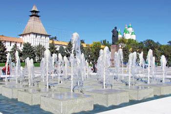 С фонтанами в Астрахани происходит вакханалия