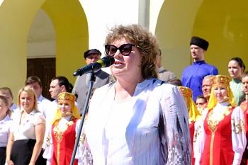Депутаты областной думы отпраздновали День России