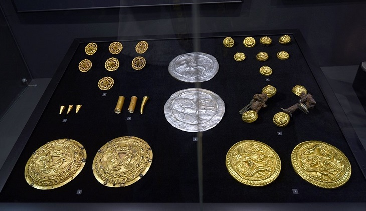 В Астрахани экспонируется уникальное золото сарматов