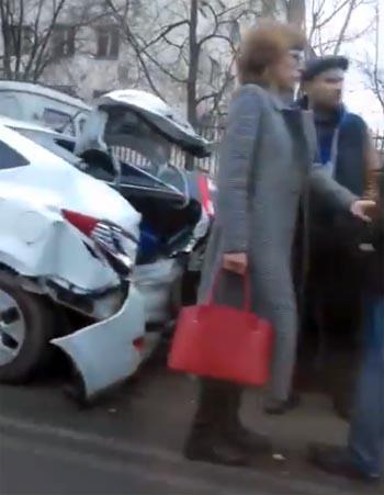 Сразу пять авто столкнулись у АГТУ (ВИДЕО)
