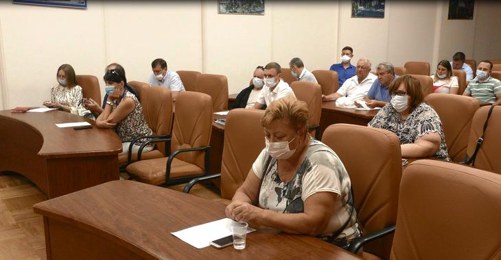 Астраханские общественники заслушали отчёт водоканала