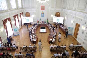 В Астрахани представители прикаспийских стран обсуждают природоохранное сотрудничество по Каспию
