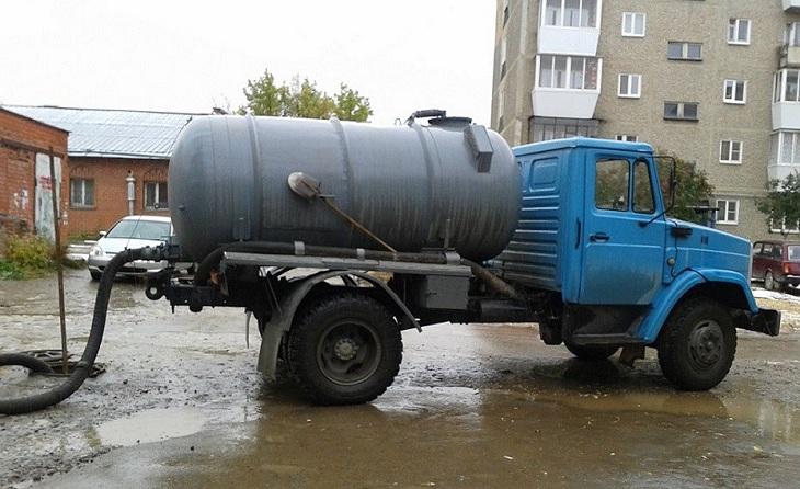 В Астрахани наказали черного ассенизатора