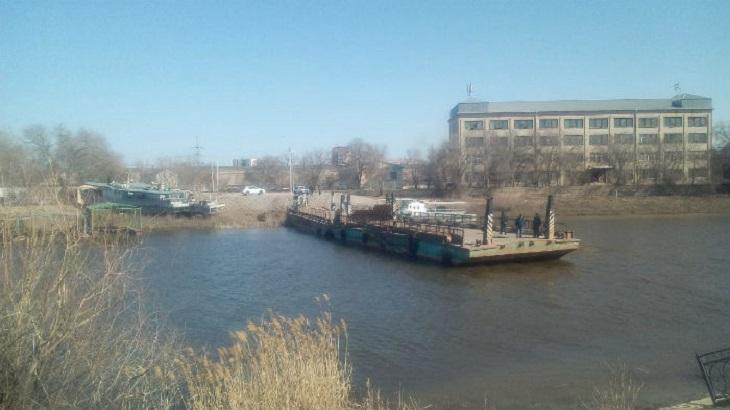 В Астрахани на днях заработает понтонный мост через Царев