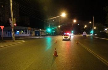 В Астрахани ищут водителя, сбившего девушку