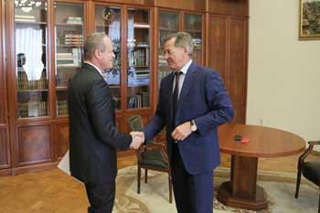 Александр Башкин отчитался перед астраханским губернатором о первом годе работы в Совете Федерации
