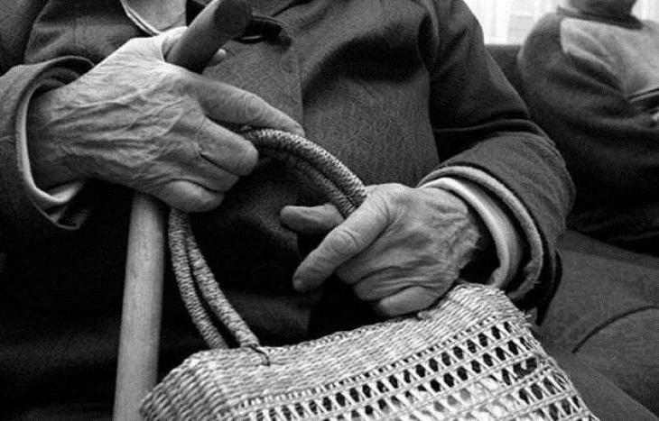 Мошенник ответит за обман 94-летней астраханки