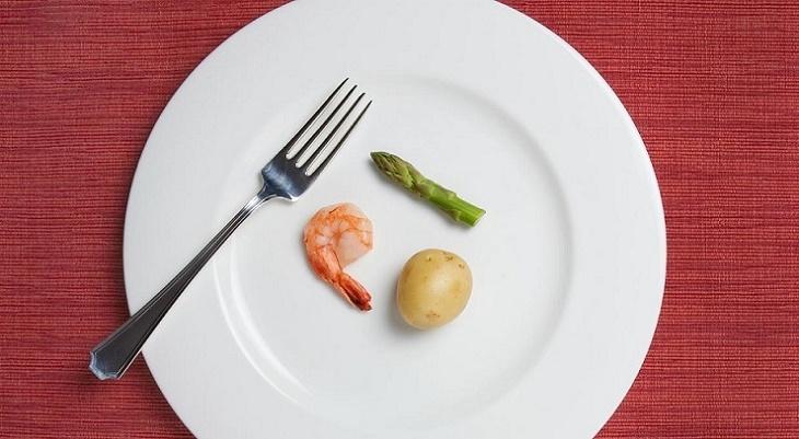 Росстат сообщил о калорийности пищи астраханцев
