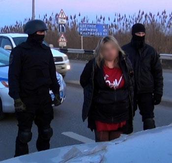 Наркотаксистку в Астрахани «приняли» на день её рождения