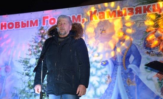 Как камызякский глава Василий Сухоруков вёл фейсбук из зала суда. Кстати, его посадили