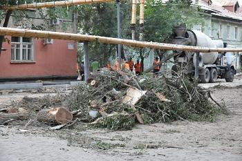 В Астрахани теперь ремонтируют не только дворы, но и территории около частного сектора