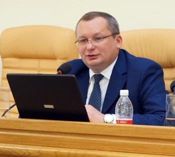 Позиции спикера астраханской облдумы Игоря Мартынова выросли