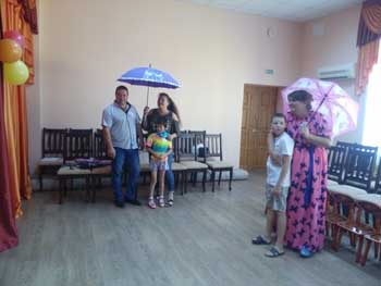 В Астраханской области 632 сироты обрели приемных родителей