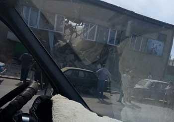 В поселке Свободный рухнула стена здания