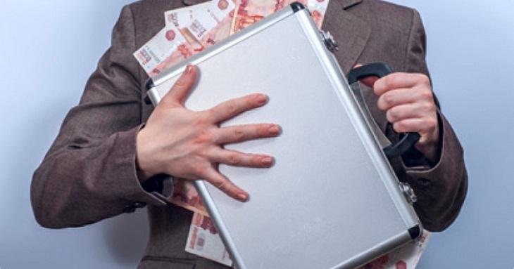 Астраханца судят за нежелание платить кредит