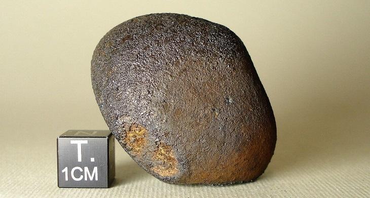 В Астрахани появится Челябинский метеорит