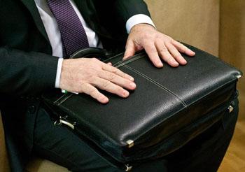 Судимый чиновник из Астраханской области возместит ущерб бюджету