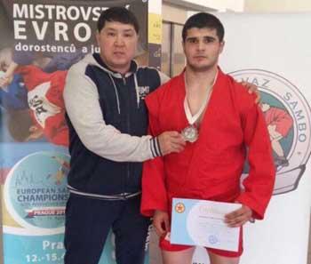 Астраханец завоевал серебро на первенстве Европы по самбо