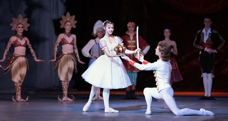 Британская публика в ожидании гастролей Астраханского театра оперы и балета