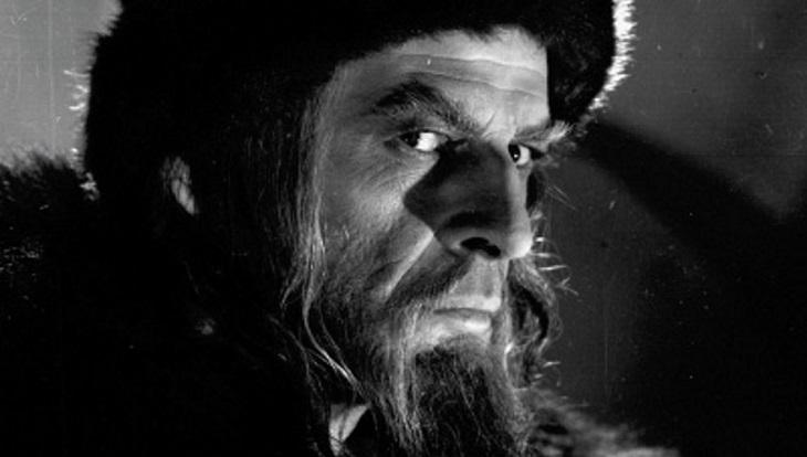 Астраханцы будут решать судьбу памятника Ивану Грозному до 3 февраля