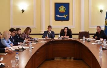 Городские депутаты возьмут под свой контроль работу муниципальных предприятий