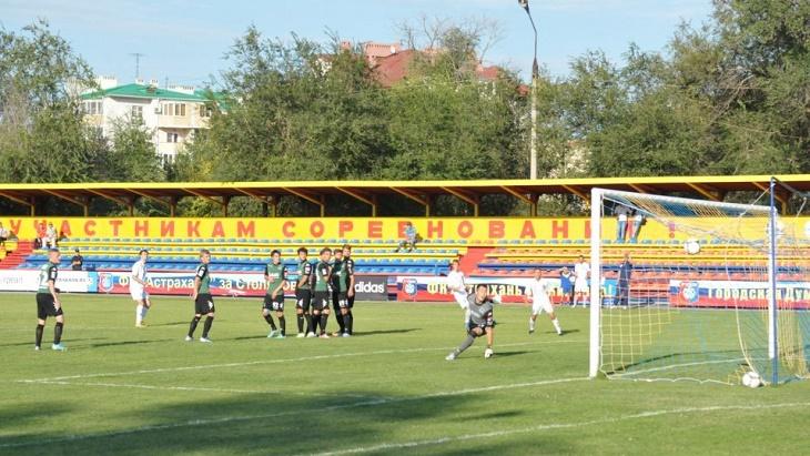 Стадион «Астрахань» преобразят за 45 миллионов рублей