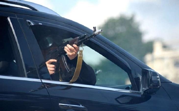 Хулиганы отправились на зону за стрельбу из автомата в Астрахани