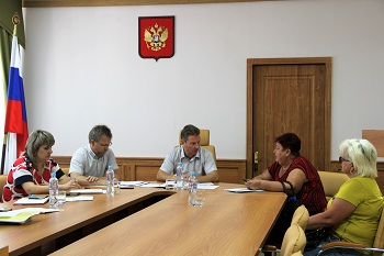 Павел Джуваляков провел прием граждан в городе Нариманов