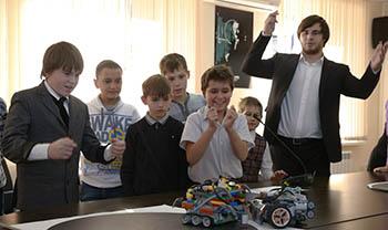 Астраханскую область отметили на федеральном уровне за успешное развитие образования