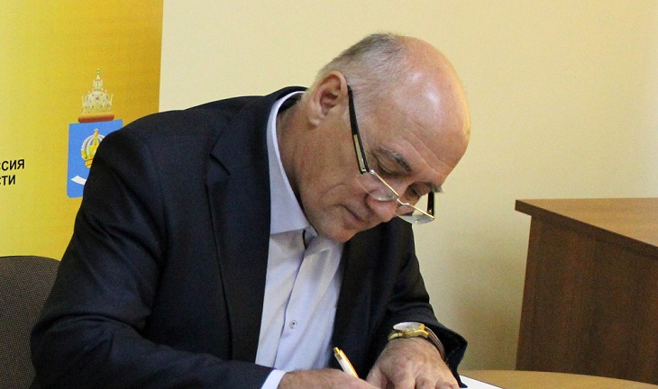 Коровин назвал интригой отсутствие Шеина в числе кандидатов в губернаторы Астраханской области