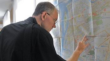 Олег Шеин прокомментировал ситуацию с землями для многодетных семей в Астрахани