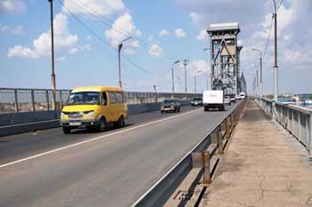"""Астраханский """"Старый мост"""" перекроют на три ночи для уборки"""