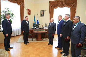 Четверо астраханцев получили президентские награды