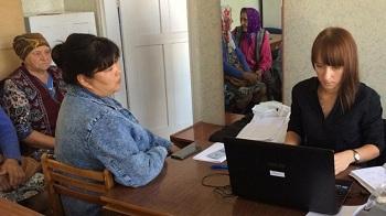 Выездные приёмы в сельских поселениях востребованы жителями Астраханской области