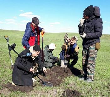 Астраханцы вернулись с поисковой экспедиции из Волгоградской области