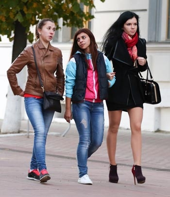 Молодым в Астрахани везде дорога?