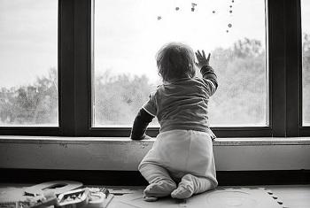 Открытое окно – опасность для ребенка